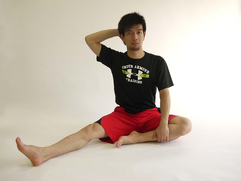 腰方形筋のストレッチ1