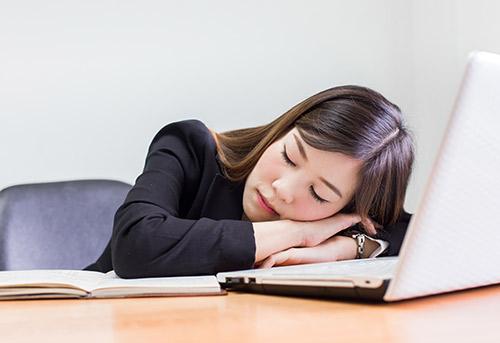 オフィス 仮眠