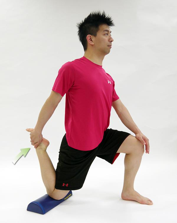 大腿四頭筋ストレッチ1