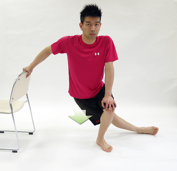 大腿筋膜ストレッチ2