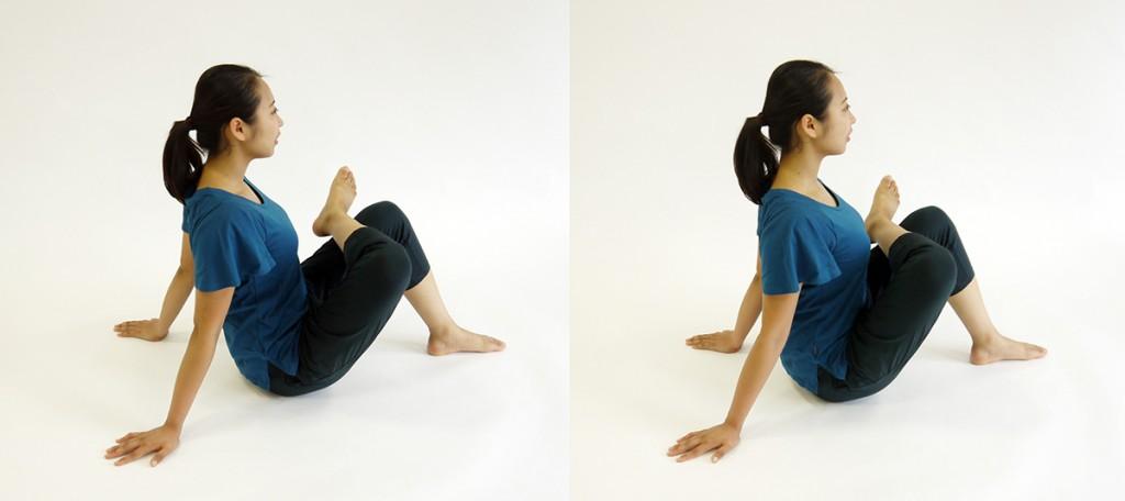 体育座りストレッチ2−1