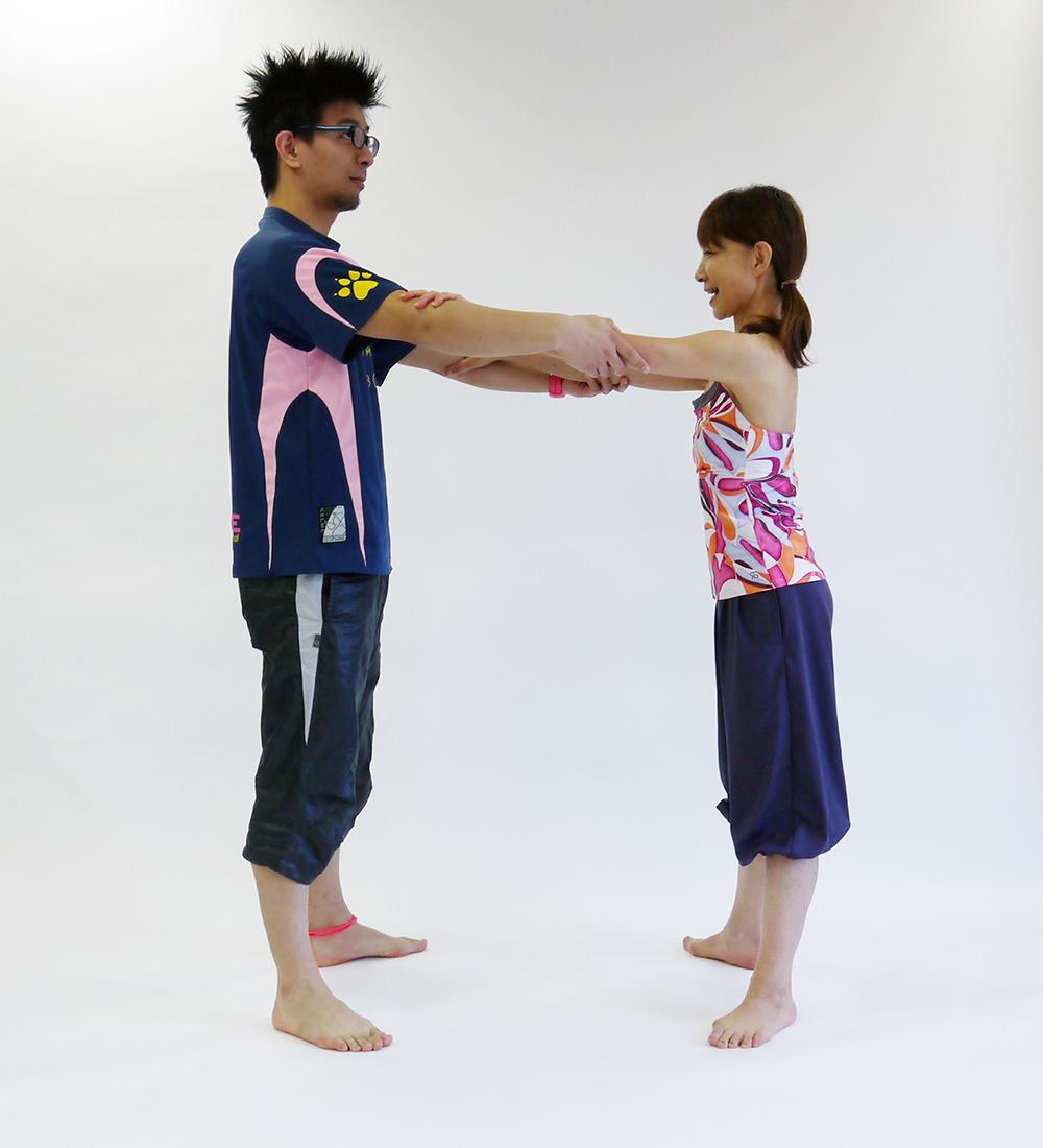 股関節の開脚運動3