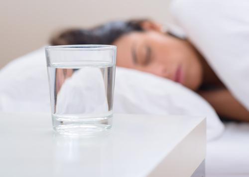 睡眠 水分補給