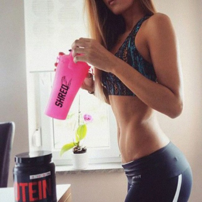 protein-shake-571041_w650
