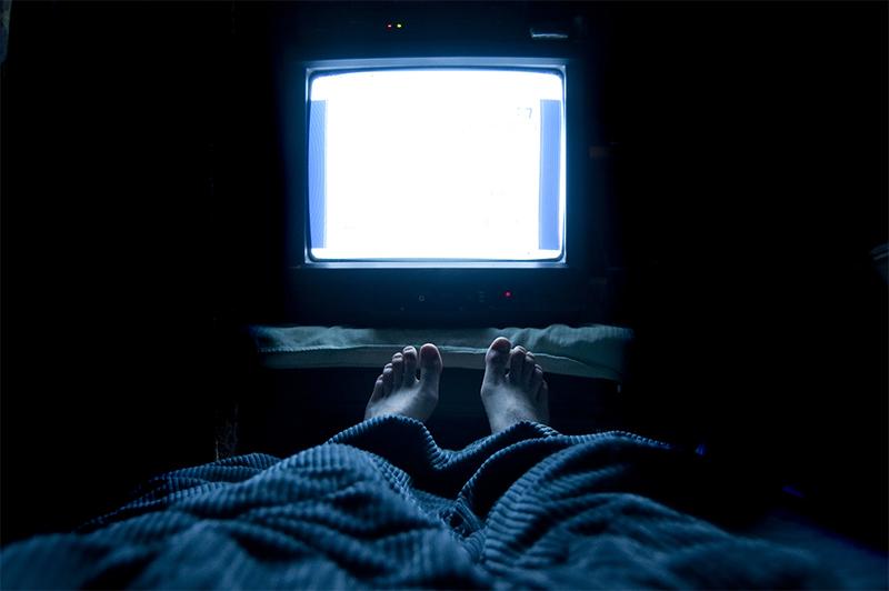 就寝前のテレビ