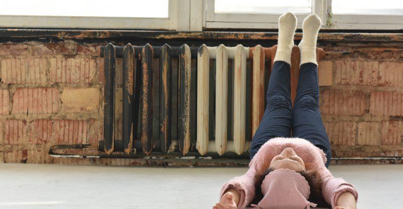 むくみ だるさ 足 の 足のむくみが起きる5つの原因とその対策